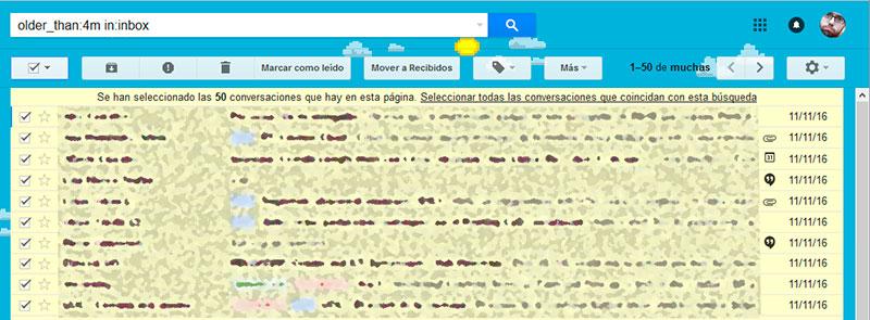 Después de dar al cuadro para seleccionar todas las conversaciones, GMail nos pregunta si queremos seleccionar no solo las que salen en pantalla, sino todas las que siguen el criterio de búsqueda