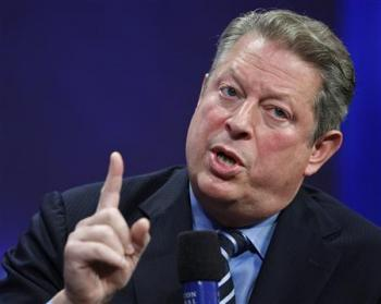 [Former Vice President Al Gore speaks during the Clinton Global Initiative, in New York, September 24, 2008. (REUTERS/Chip East)]