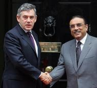 Gordon Brown (L) greets Asif Ali Zardari - Sept. 16, 2008