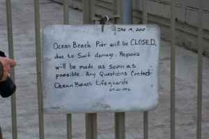 pier closed 1-19-10 nate-sm