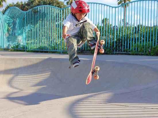 skateboard kid jg-sm