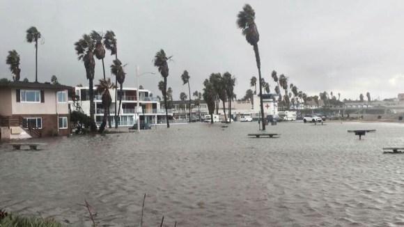 OB flooded Saratoga Pk 1-5-16