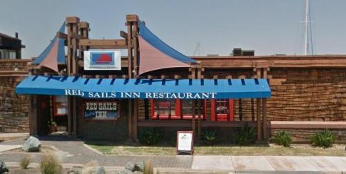 PL Red Sails Inn