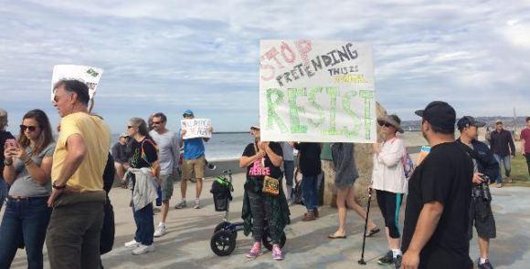 ob-trump-protest-11-19-mh-11