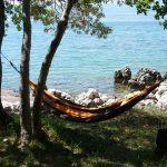 hammock-1066873_640 by hypnoseseelenruhig0 - pixabay.com