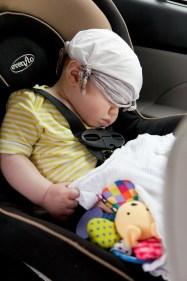 Sitzerhöhung_schlafendes-Kind