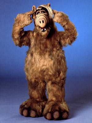 alf_with_feet