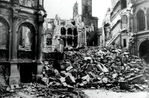 Incendie_de_l_hotel_de_ville_en_1871