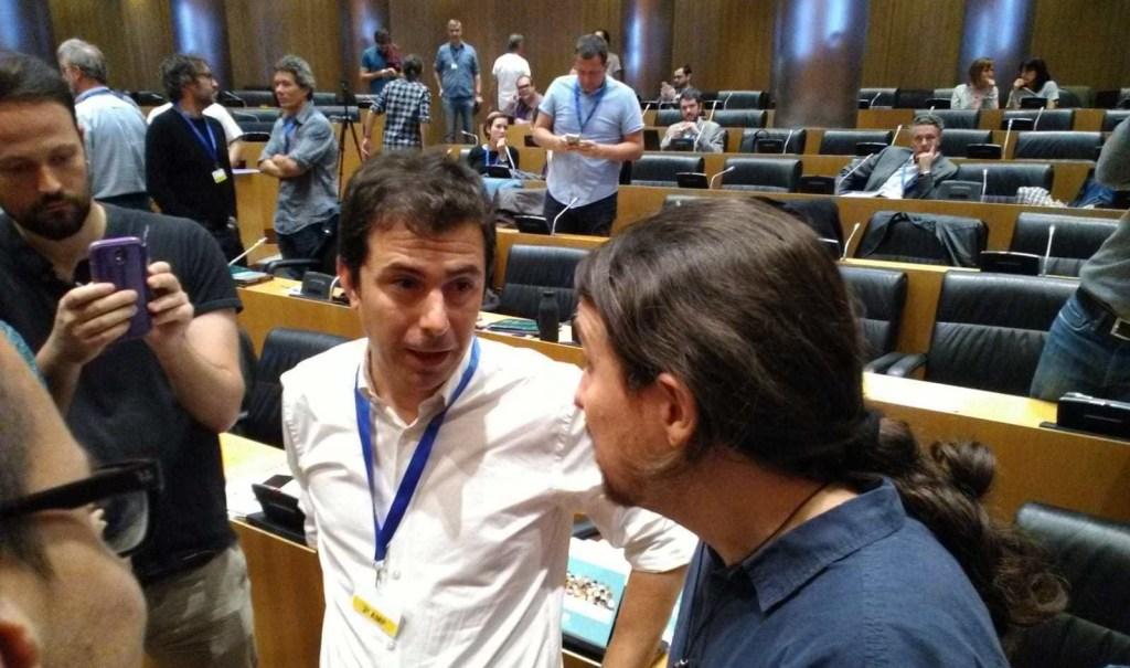 Hector Brotons con Pablo Iglesias