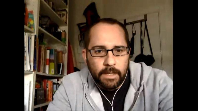 El profesor José María Cabello expone su proyecto de tesis doctoral en el seminario Digidoc, a través de la plataforma Collaborate.