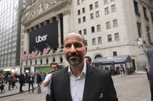 Big Uber Shareholders Revolt on CEO's Huge Pay Package Amid Layoffs