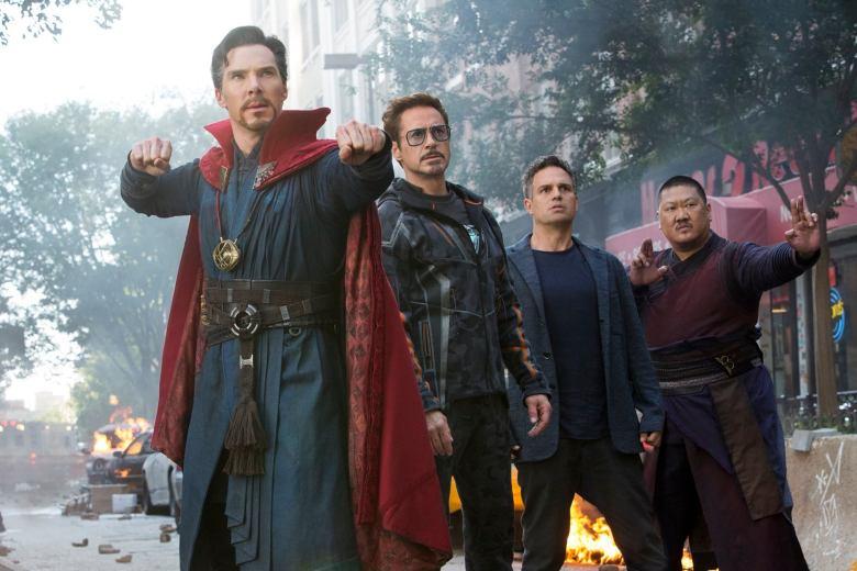 Avengers Infinity War - Dr. Strange, Tony Stark, Bruce Banner