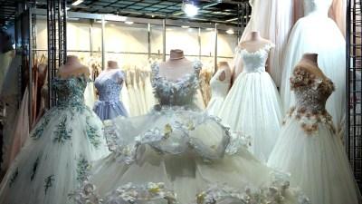 Jak zaoszczędzić na weselu - suknie ślubne