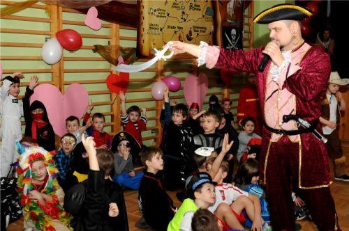 animacje, dzieci, bale, karnawał, karnawałowy, zabawa na sali,