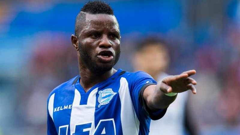 Mubarak Wakaso eager to move on from car accident.