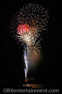 July 4, 2006 at Avalon Pier in Kill Devil Hills (photo: Artz Music & Photography)