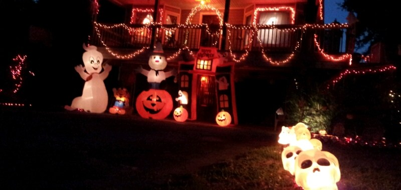 The Halloween House is all lit up in Kill Devil Hills, NC. (photo: OBXentertainment.com)