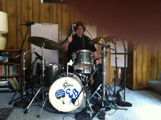 Ray Johnson Band drummer Ernie Belding gives the thumbs up to their new CD 'Keepin' It Country'.