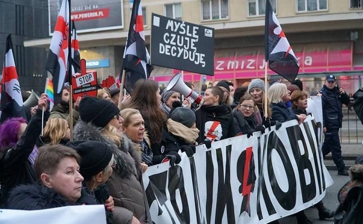 Czarny Piątek w Warszawie