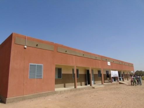 école de Nayouri normalisée avec un batiment de trois classes et un bureau (1)