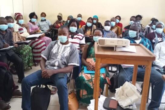 District sanitaire de Ouargaye : L'OCADES Caritas Tenkodogo  forme 76 agents de santé en soins oculaires et en détection précoce des handicaps
