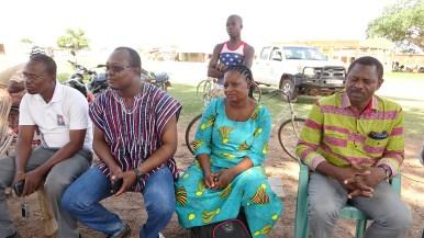 Agathe Ougué (la dame au milieu), animatrice RBC de Tiébélé