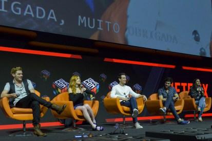São Paulo, 4 de dezembro de 2016. Cobertura do evento CCXP 2016 no São Paulo EXPO.  Superpainel da Netflix com diversos convidados, material nunca visto antes e estréias.  FOTOS: Daniel Deak