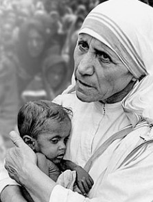 Image result for Mother of Teresa Calcutta taking care of sick poors