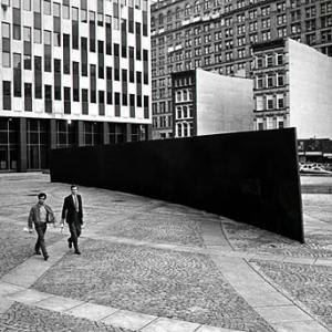 Tilted Arc, Richard Serra, 1981, sculpture, steel, New York City (destroyed). Photo © 1985 David Aschkenas