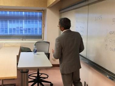 CEO Teaching Entrepreneurship to College Kids 1
