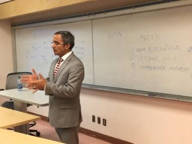 CEO Teaching Entrepreneurship to College Kids 2