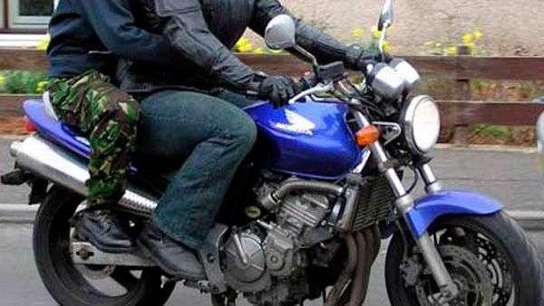 hombres-moto-ene-16