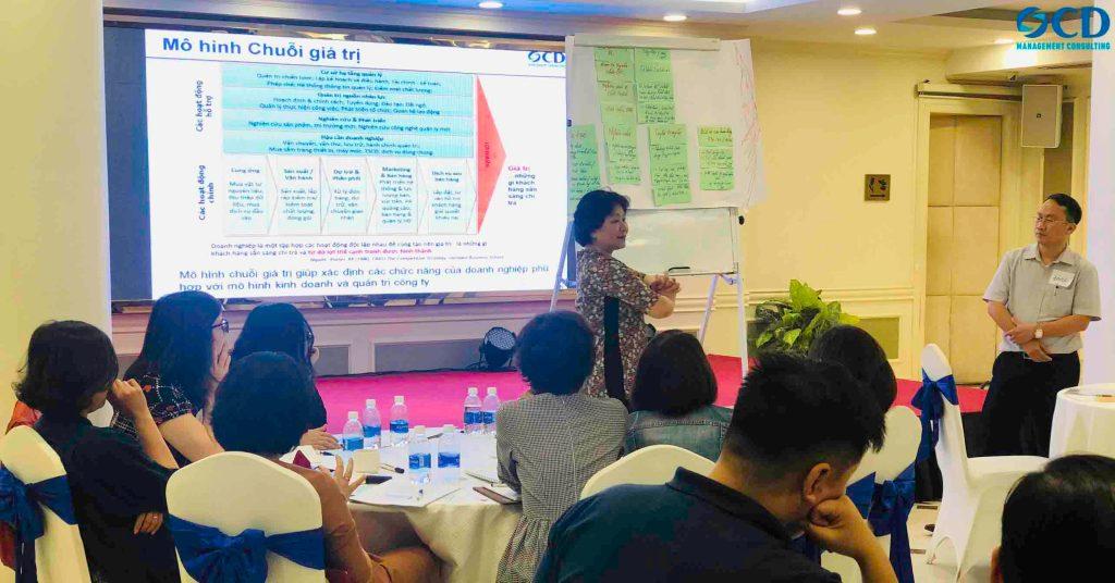 Bà Nguyễn Thị Nam Phương - tư vấn trưởng của OCD.