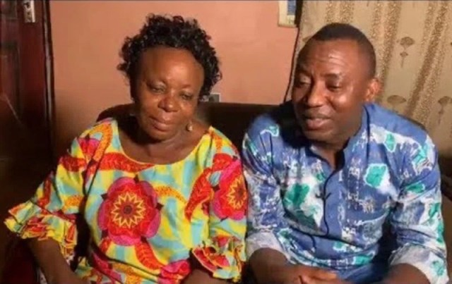 Sowore-and-mom (WuzupNigeria)