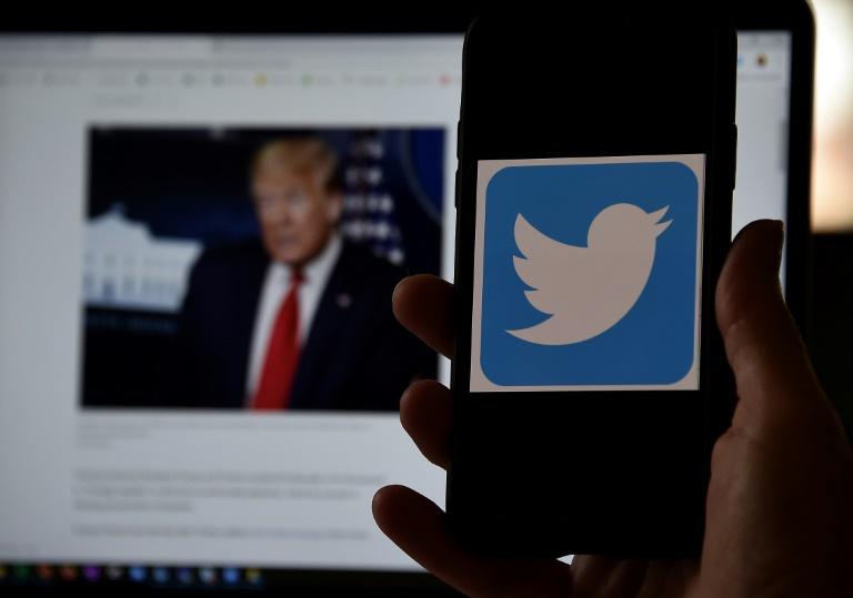 NNN: أفاد عملاق وسائل التواصل الاجتماعي يوم الخميس أن تويتر شهد نموًا قويًا في عدد المستخدمين ولكن انخفاض الإيرادات في الربع الثاني. عانى الطلب الإعلاني وسط جائحة الفيروس التاجي والاحتجاجات. وقالت الشركة إن الإيرادات انخفضت بنسبة 19 في المائة على أساس سنوي لتصل إلى 683 مليون دولار. وانخفضت عائدات الإعلانات بنسبة 23 في المائة لتصل […]