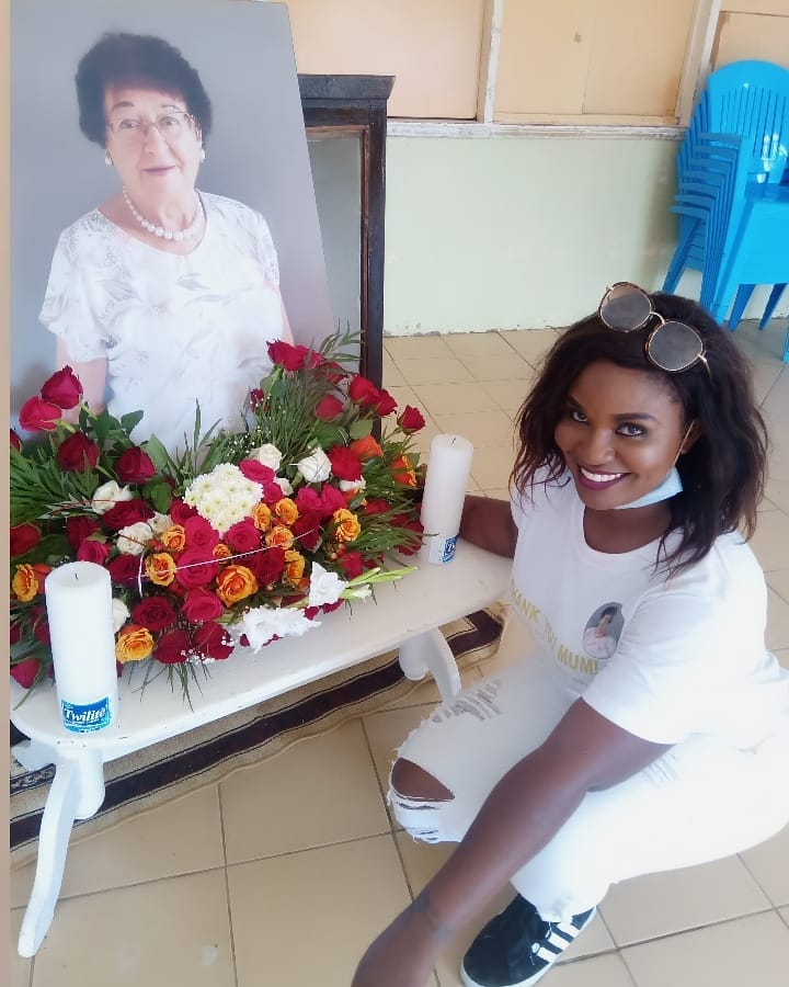Actress Mishi Dorah's 'Mother' laid to Rest today (Photos)