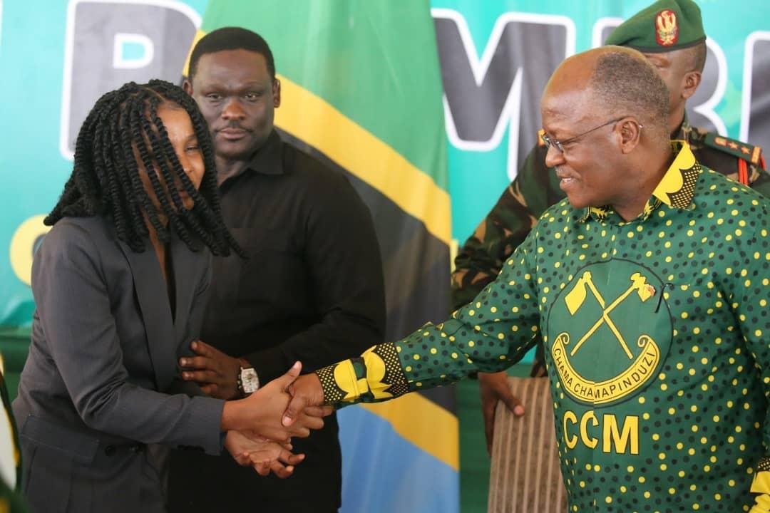 President Magufuli  with Zuchu