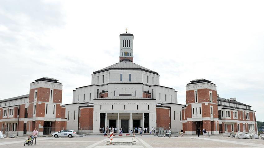 Działki warte miliony kościół dostanie za pół darmo