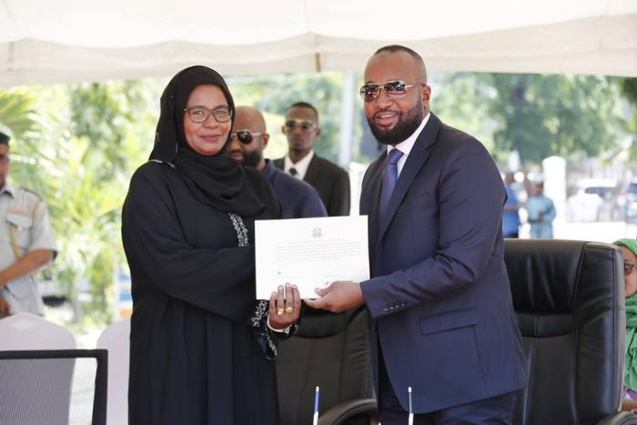 Mombasa Governor Hassan Joho with Finance CEC Maryam Mbaruk