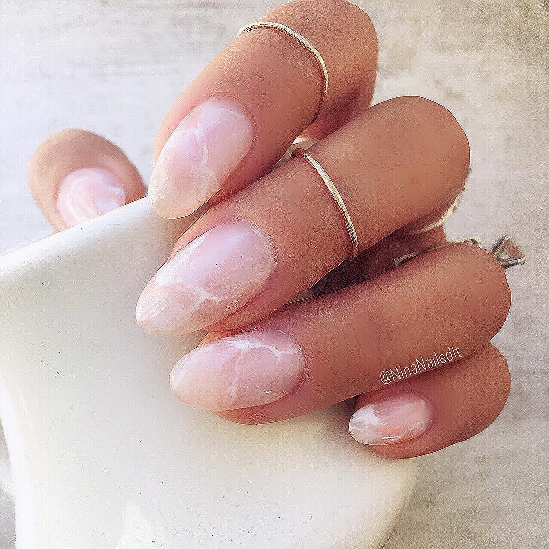 Kwarcowe Paznokcie Quartz Nails Trendy 2019 W Manicure