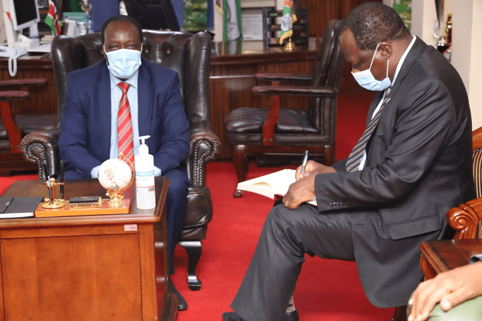 Council of Governors Chairperson Wycliffe Oparanya accompanied by Vihiga Governor Wilberforce Otichilo