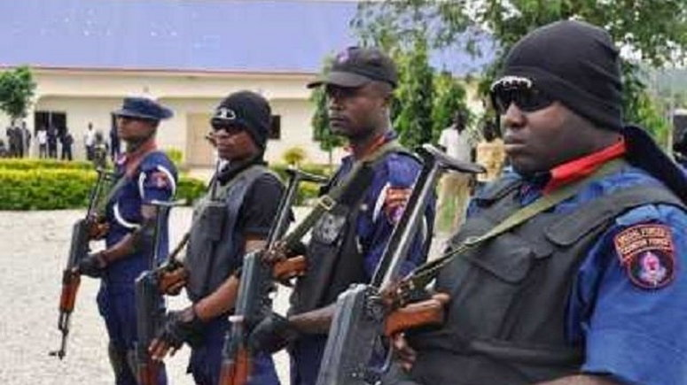 The Lagos State Command Of The Nigeria Security And Civil Defence Corps (nscdc) On Friday Said It Had Deployed 1,000 Of Its Corps  To Fight The Spread Of Coronavirus  In Lagos State.   The Lagos  State Commandant,  Adeyinka Ayinla, Said This  At A News Conference In Lagos
