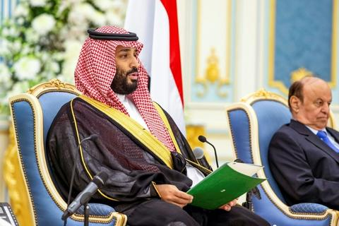 The Saudi-led coalition on Monday said it had intercepted and destroyed four missiles and seven bomb-laden drones launched by Yemen's Iran-backed Houthi rebels toward the kingdom. Coalition spokesman, Turki al-Malki, said that the missiles and drones were launched from Yemen's capital Sana'a and directed at civilian targets, in a statement carried by the official Saudi […]