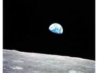 Earthrise - NASA Apollo 8 photo