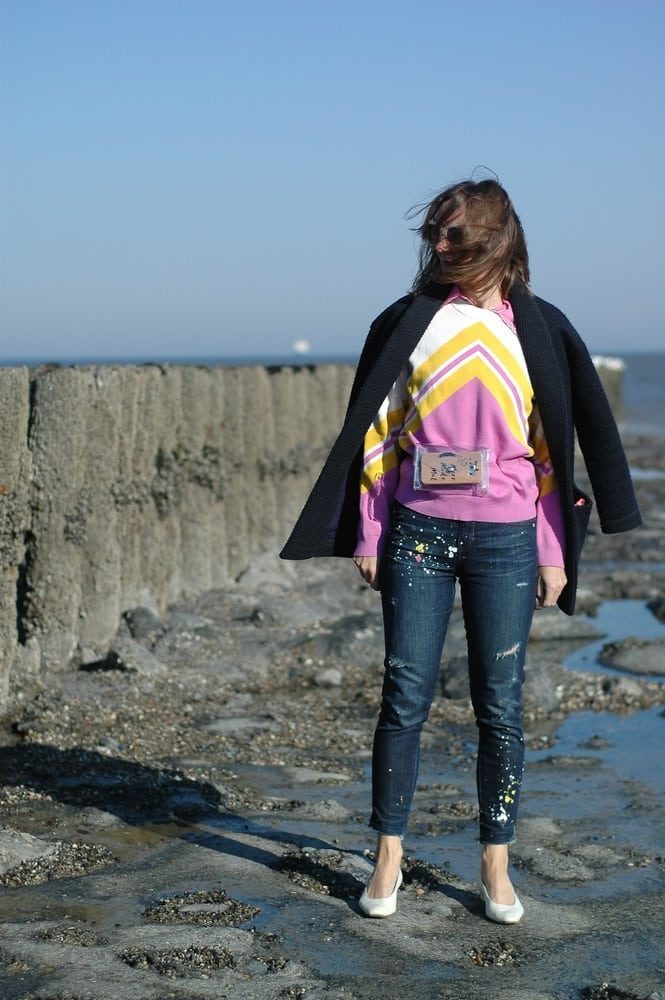 lässiglook_modeblog_ü50_jeans_ankle-boots_waffle-blazer_victoria-beckham-bluse-kariert_oceanblue-style.jpg