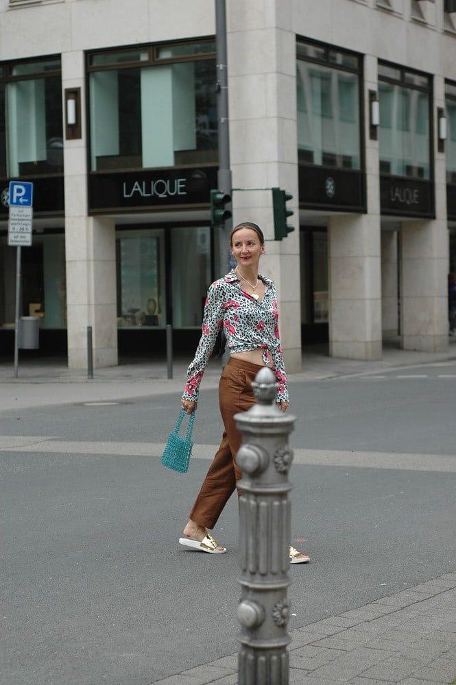 nachhaltig-shoppen-kleidung-kaufen-tipps_fair-fashion_second-kaufen-frankfurt_oceanblue-style