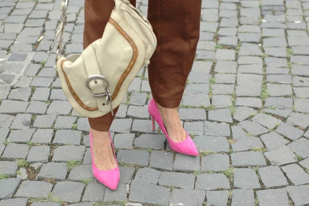 nachhaltig-shoppen-kleidung-kaufen-tipps_fair-fashion_second-kaufen-frankfurt_oceanblue-style.jpg