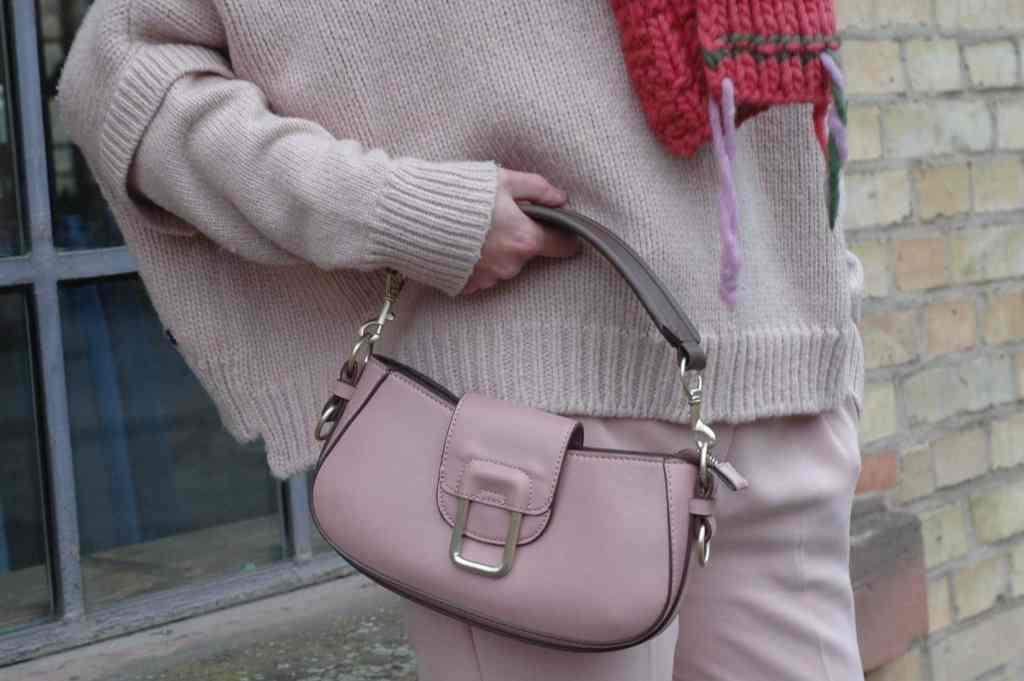 Tasche-rosa-mode-ue50-monochrome-oceanblue-style.jpg