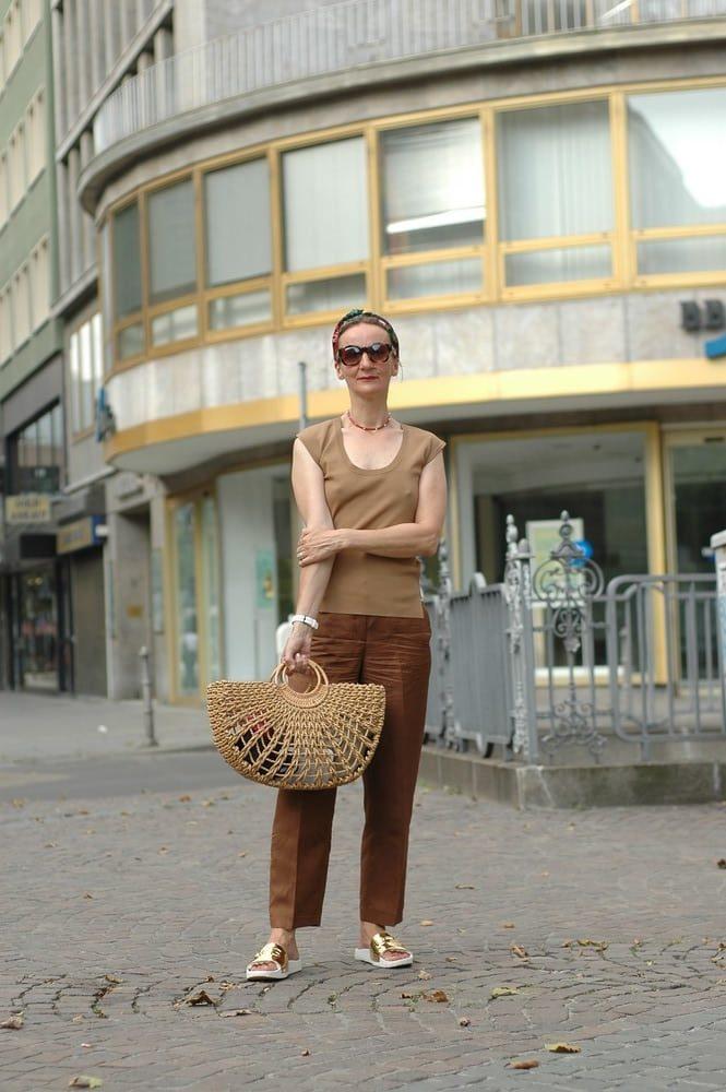 sandalen-gold_ugg_leinen-hose_mode-ue50_oceanblue-style.jpg