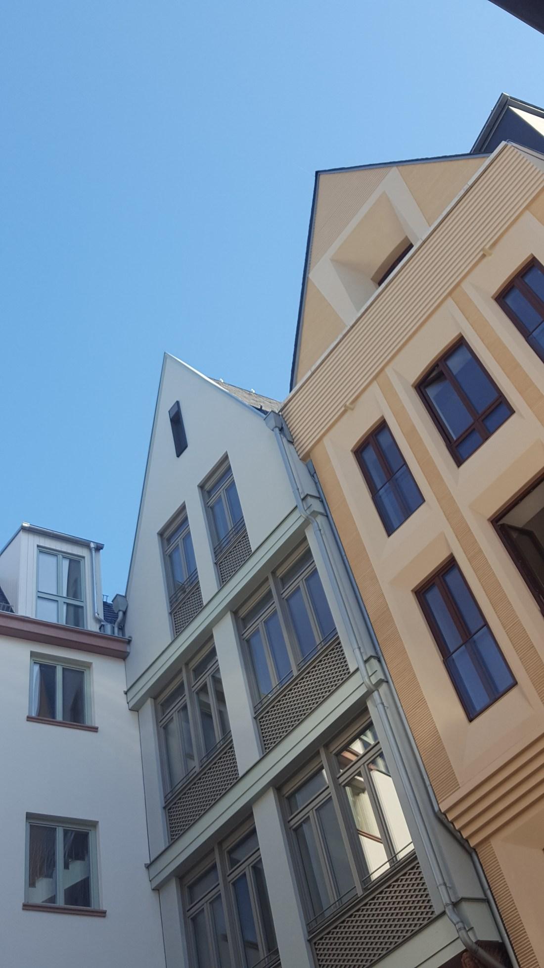 frankfurt_altstadt_blouson_bomber-jacke_casual-look_mode-blog_ue50_oceanblue-style (9)